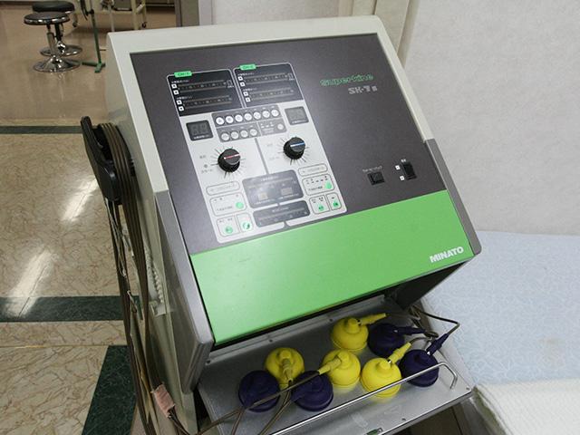 低周波治療器(干渉電流型)